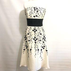 White House Black Market Cocktail Dress Cream 12